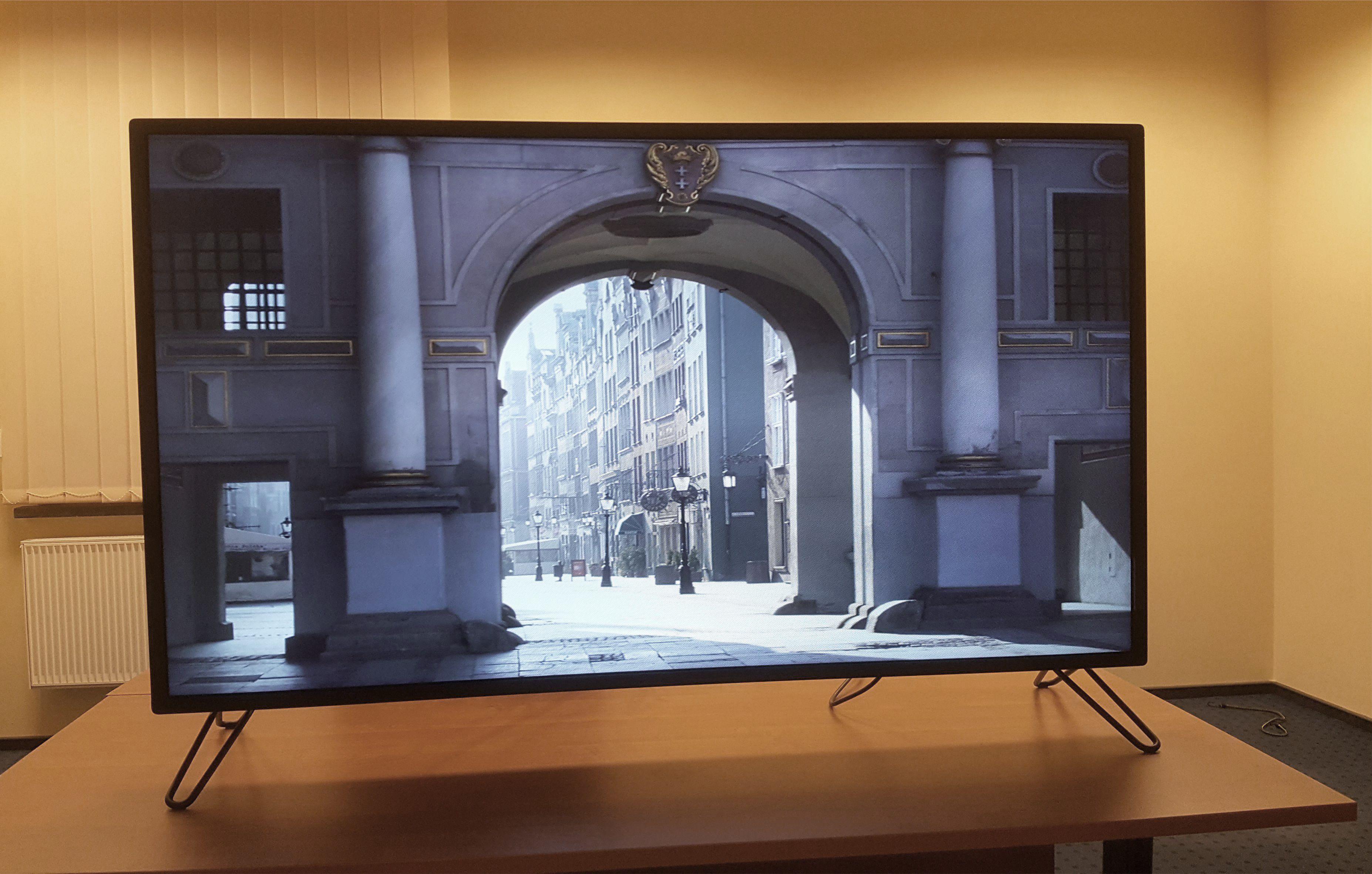 Ultra-D 3D monitor
